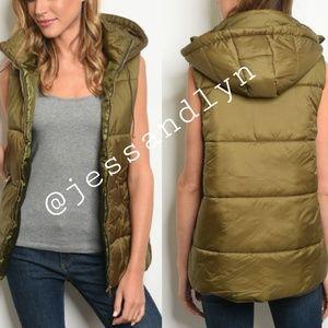 Jackets & Blazers - 🆕ALICE Olive Zip Up Puffer Vest w/Hoodie